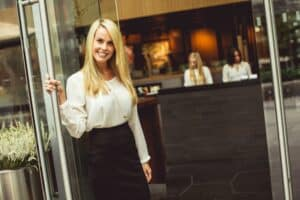 Hostess at the airport (relocation to Oman, Salary – 1000 $)